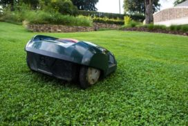 Rasenroboter-Test-Keiner-ohne-Unfallrisiko